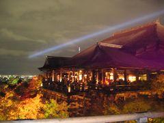 kiyomizu-lightup2006.jpg